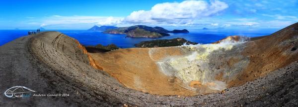 Panoramica Sul ciglio del vulcano